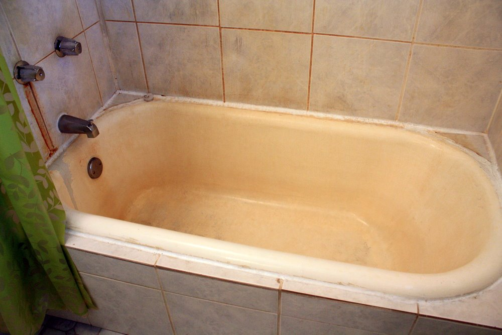 DIY Solution To Remove Rust Stains From Your Cast-Iron Tub ...
